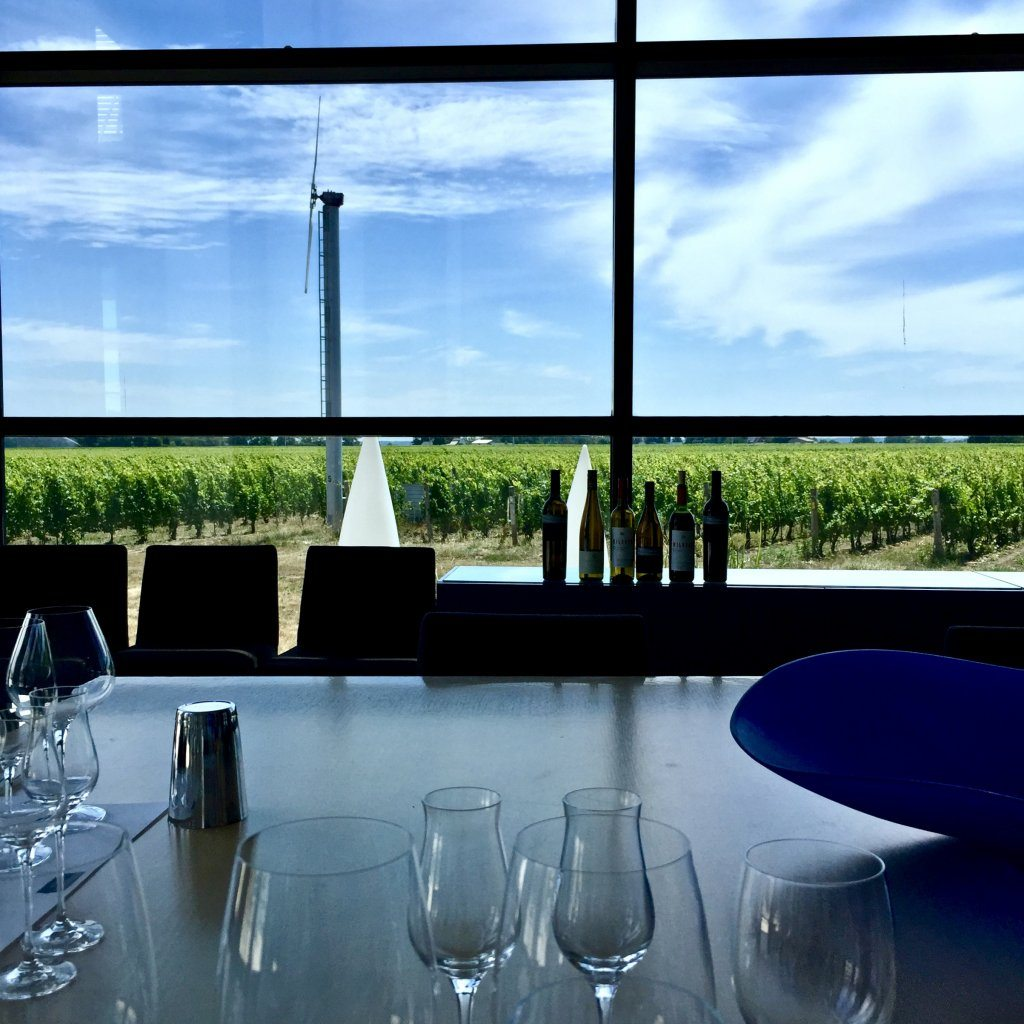Stratus-Vineyards-tasting-degustation