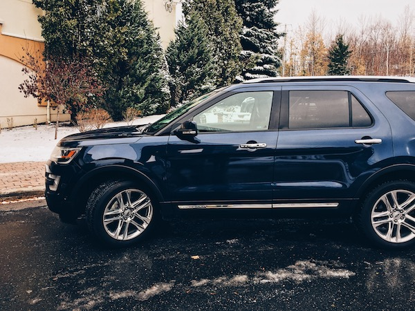 Winter Driving with Ford - Ford Explorer