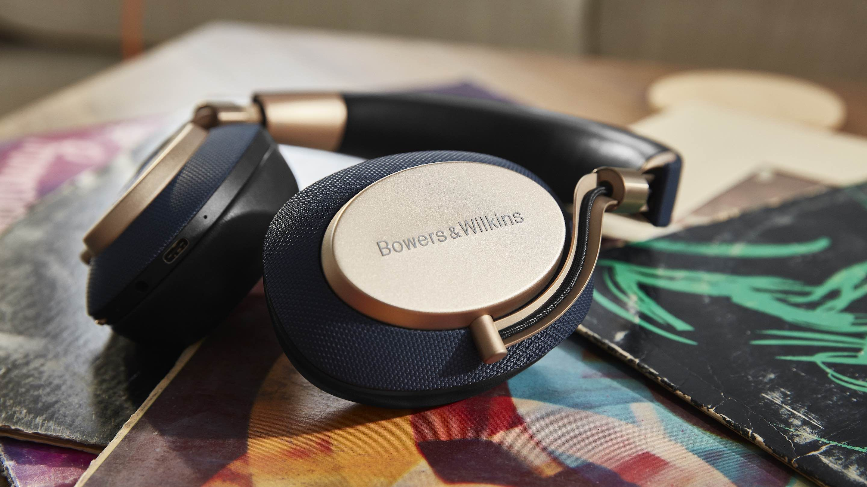 Bowers & Wilkins - PX